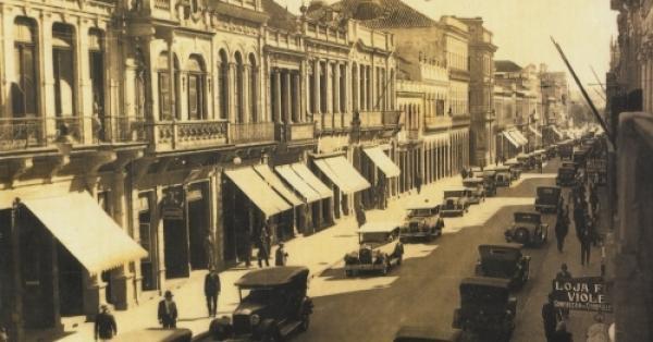 Rua XV de Novembro em 1933