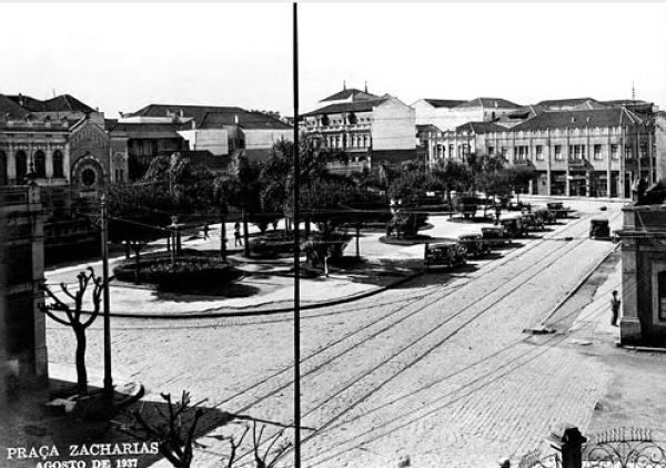 Praça Zacarias de Curitiba em 1937