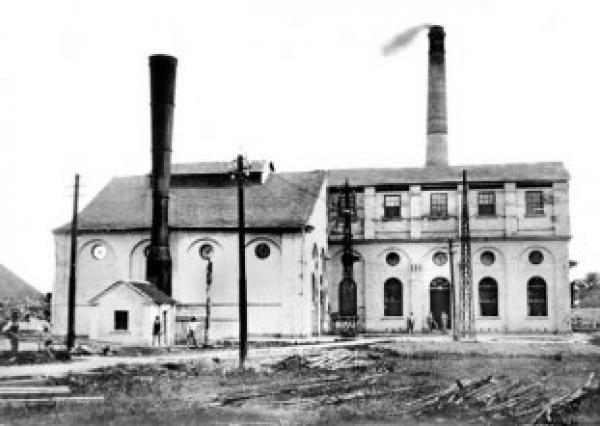 Antiga Usina elétrica do Capanema,  Atual Rodoferroviária de Curitiba