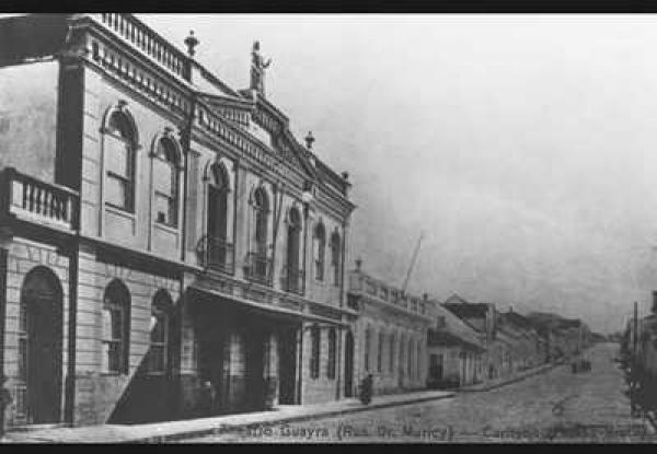 Antigo Teatro Guaíra na década de  1910 na Rua Dr Muricy em Curitiba