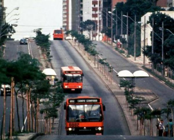 Linha de Onibus Eixo Leste  Oeste Campo Comprido 1980