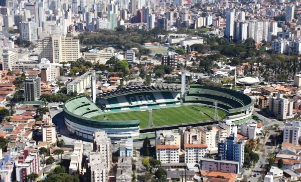O Estádio do Coritiba Major Antônio Couto Pereira completando 80 anos de idade