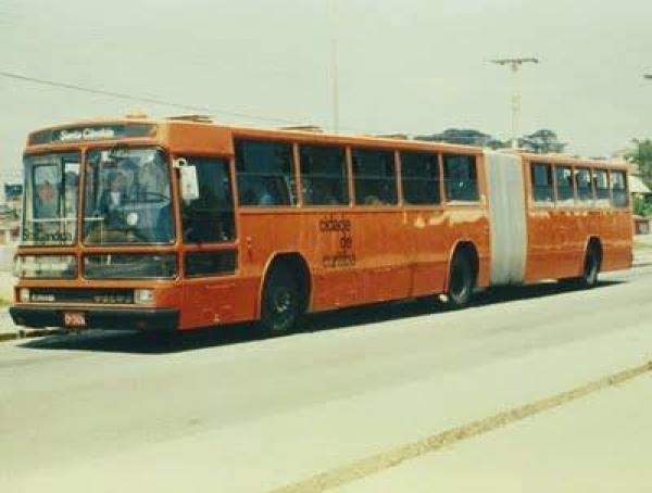 Primeiro articulado década de 80  Carroceria Caio Linha Santa  Candida