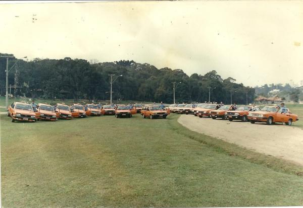 Táxi no parque Barigui em 1987