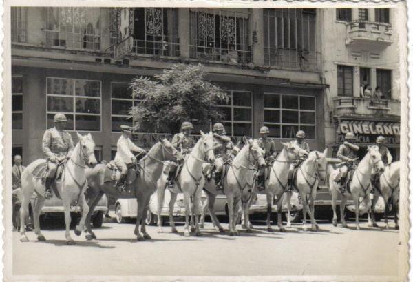 Desfile do Papai Noel do Prosdócimo no ano 1965 no início da Avenida Luiz Xavier