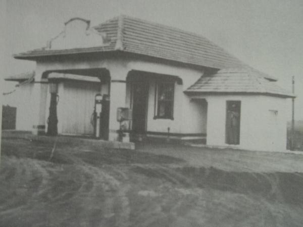 Primeiro Posto de Combustível do Bairro Pinheirinho fundado em 1948