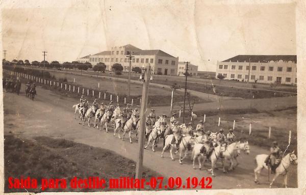 Quartel do Boqueirão saída para desfile de 7 de Setembro de 1942