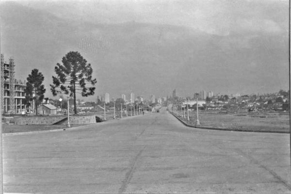 Avenida Cândido de Abreu em 1955