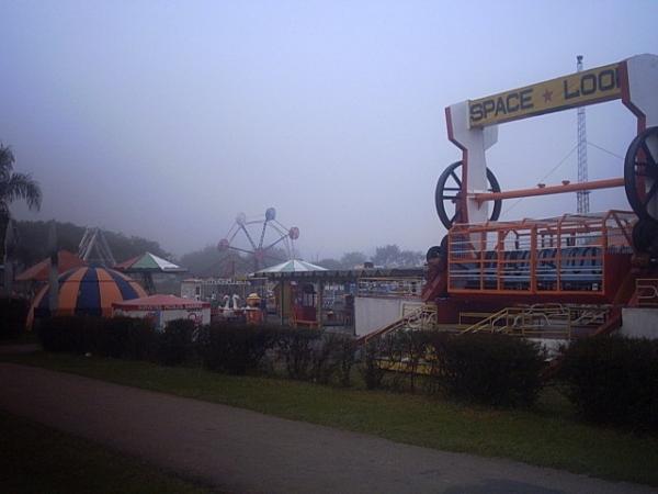 Parque Barigui inverno de 2003  Parque de Diversões Alvorada