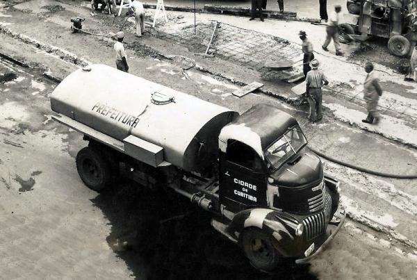 Caminhão da prefeitura em 1952