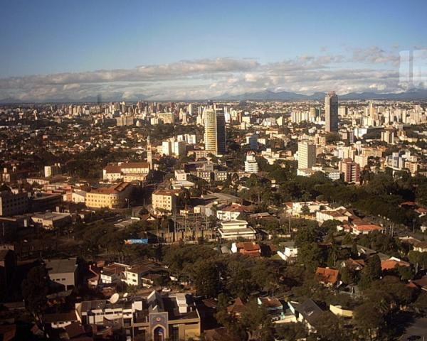 Torre da Brasil Telecom com vista para a Paróquia Nossa Senhora das Mercês