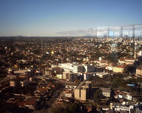 Torre da Brasil Telecom com vista para a Rua Jacarezinho
