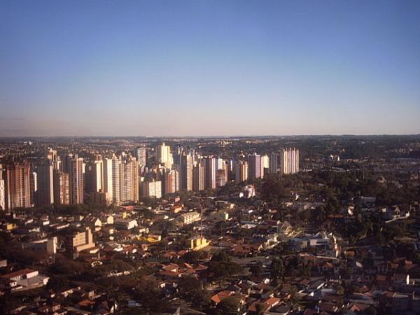Torre da Brasil Telecom com vista para a o Terminal do Campina do Siqueira em 2003