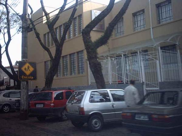 Escola Imaculada Conceição em Santa Felicidade no ano de 2004