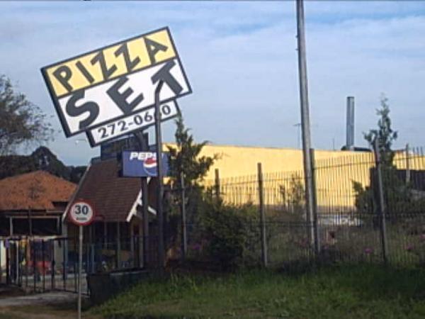 Pizza Set em 2004 na Avenida Vereador Toaldo Tulio