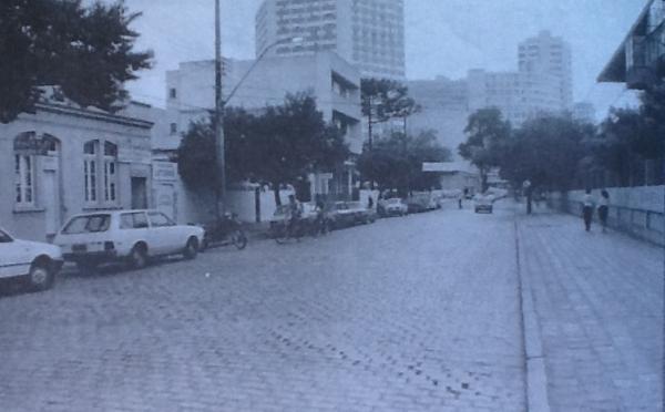 Rua Conselheiro Araújo após a canalização do Rio Belém
