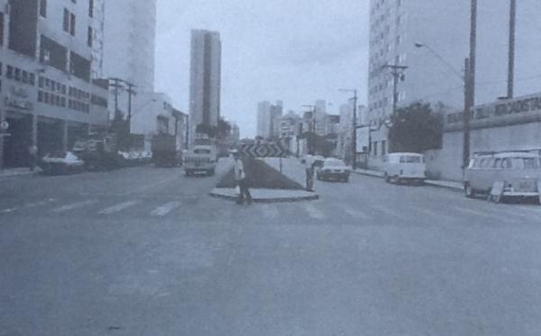 Rua Mariano Torres a´pos a canalização do Rio Belém