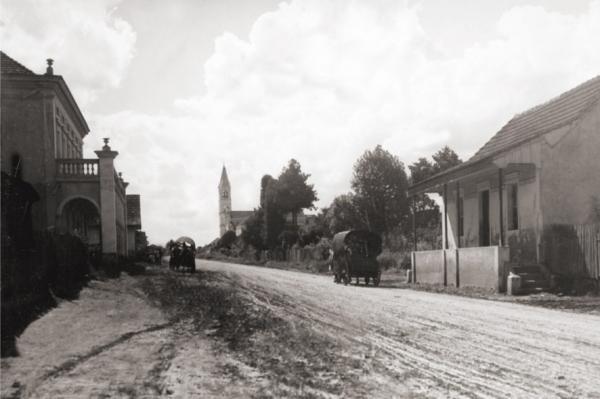 Avenida Manoel Ribas em Santa Felicidade no ano de 1920