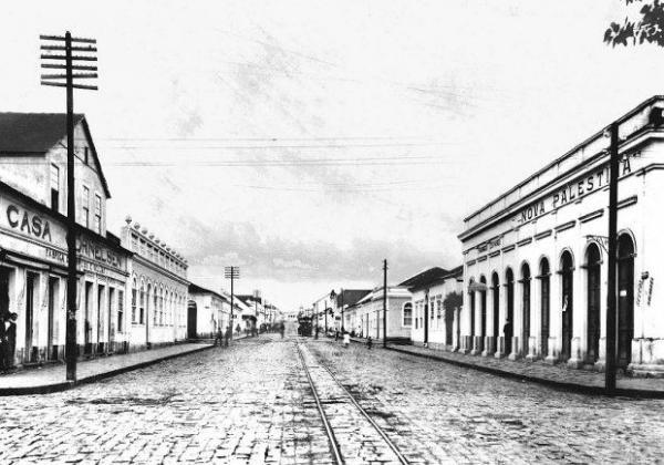 Casa Cornelsen na Rua Comendador Araújo no ano 1907