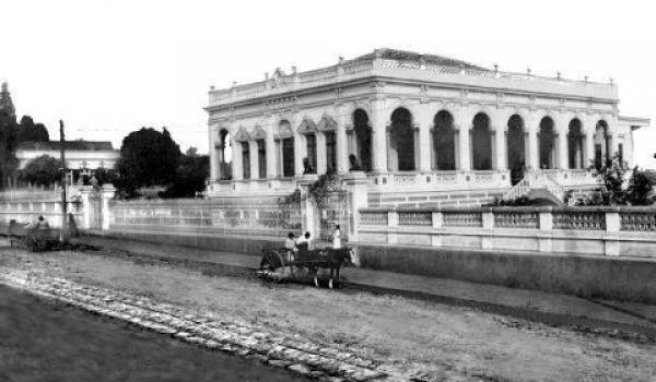 Casa de Wenceslau Glaser na Rua Comendador Araújo