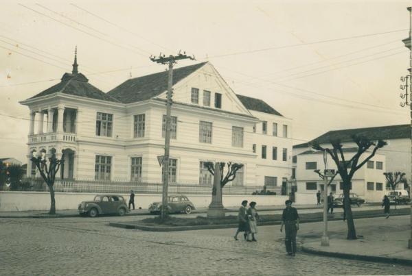 Antigo Prédio do laboratório da Polícia Técnica na Rua João Negrão em 1947