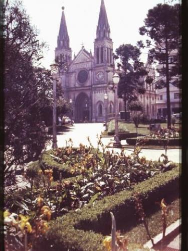 Catedral na Praça Tiradentes no ano 1961
