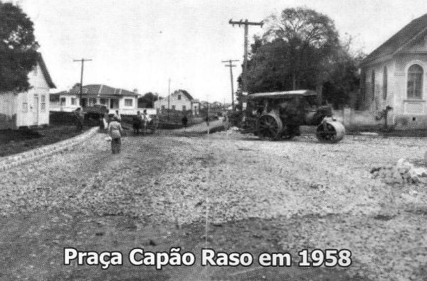 Praça Capão Raso em 1958