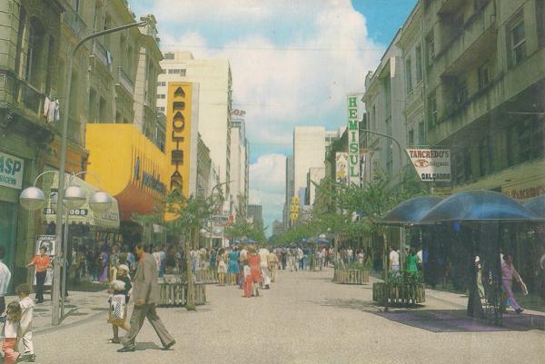Calçadão da Rua XV de Novembro na década de 70