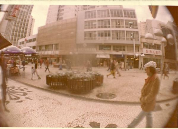 Dia da Neve em Curitiba em 1975 Vista da Rua XV de Novembro