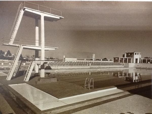 Piscina do Colégio Estadual do Paraná construída na década de 40