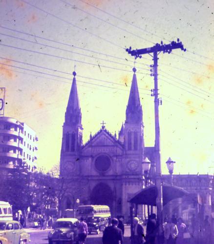 Catedral de Curitiba na praça Tiradentes no ano de 1966