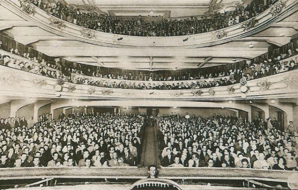 Inauguração em 4 de abril de 1929, Cine Theatro Avenida atualmente Palácio Avenida
