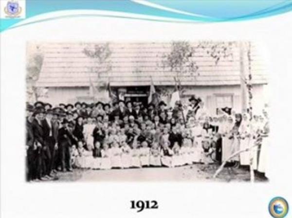 Primeiro Colégio Estadual Santa Candida fundando em 1912
